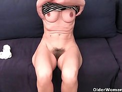 Crazy grandma loves to eat pussy and make her holes bounce