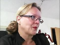 Beautiful german mature sucking my ramskins