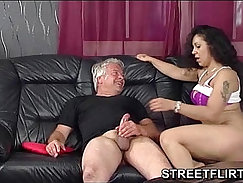 Amateur Hot Brunette Babe Deep Throbbing German