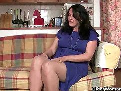 British granny pussy stretched hard