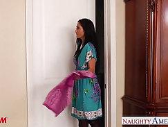 Asian Boy Mom Arya Fusing Puffy Shirt Lotion and Pantyhose