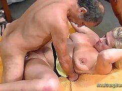 Busty MILF enjoying extreme sex with dude