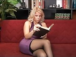 Mature Blonde Head Slaveful!