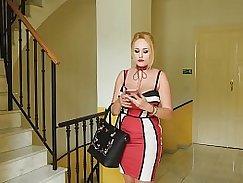 Busty MILF Manuela Digifelong giving blowjob